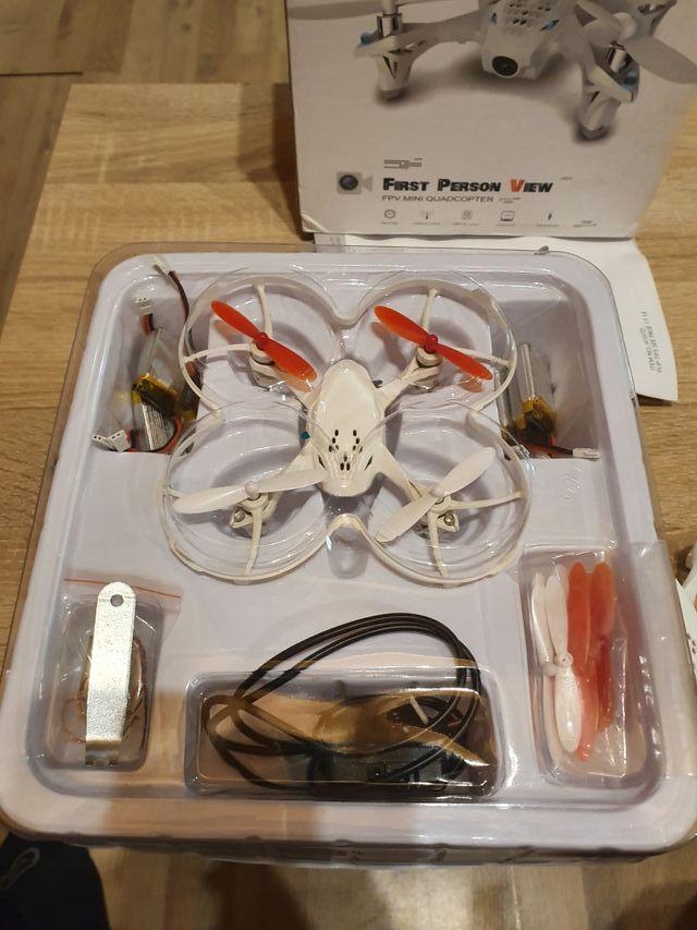 dron hubsan h107d