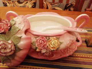 Sopera vintage de porcelana