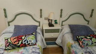 Conjunto de muebles de madera.habitaciòn completa.