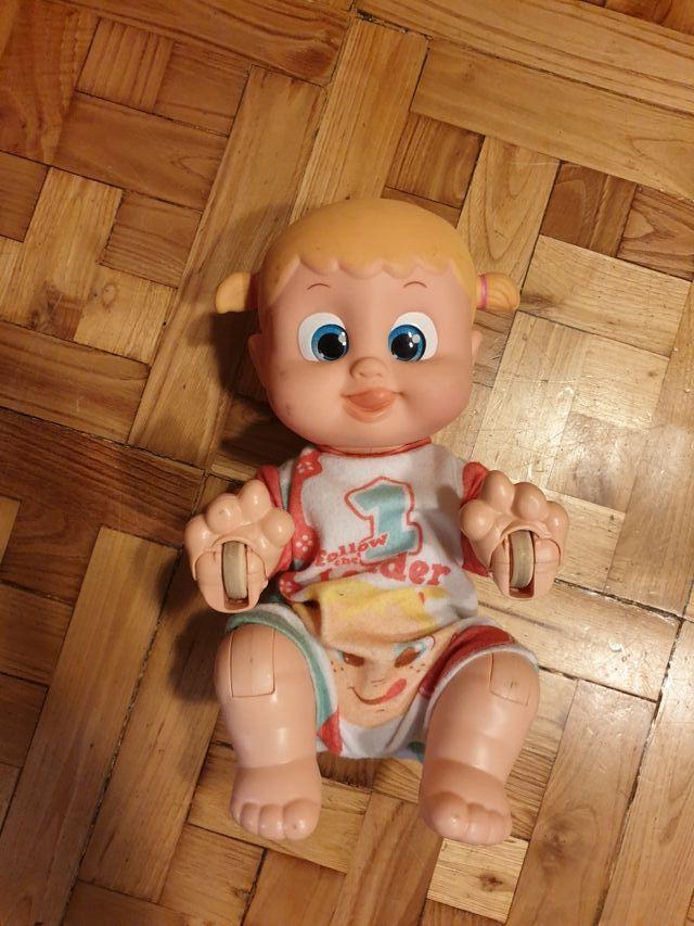 Bebé Correpasillos.