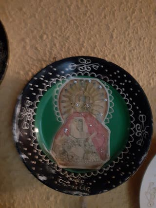 Plato cerámica de la Cartuja de Sevilla