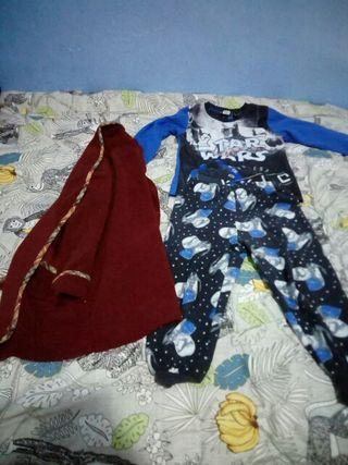 Pijama y bata 3/4 años