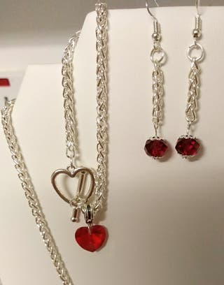 Brand new jewellery set