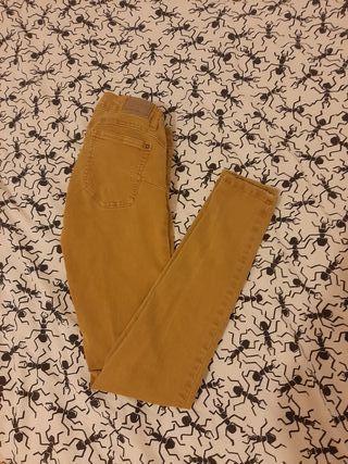pantalón pitillo 38
