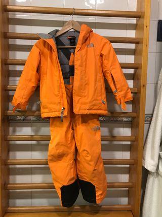 Ropa esquí niño The North Face talla 5 años aprox.