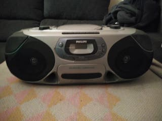 Radio Cassette Philips Con poco uso