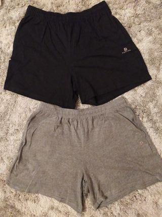 Dos pantalones cortos marca Domyos talla L