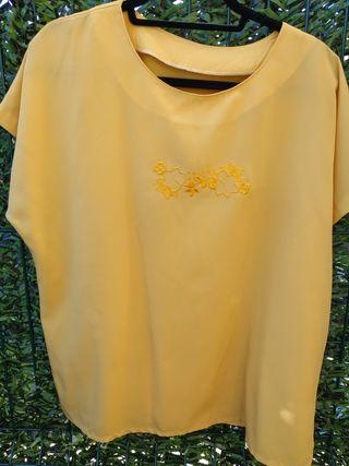 Camisa amarilla
