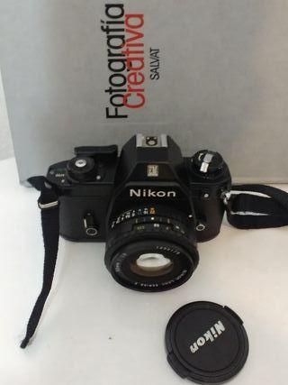 Camara analógica metálica nikon + nikkor 50mm 1.8
