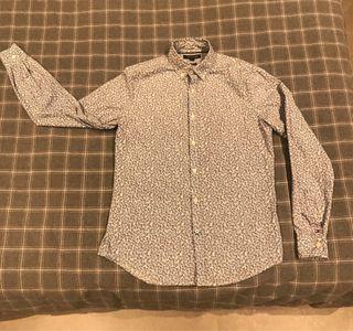 Camisa Tommy Hilfiger NUEVA ( € negociable )