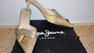 Zapatos, varios modelos
