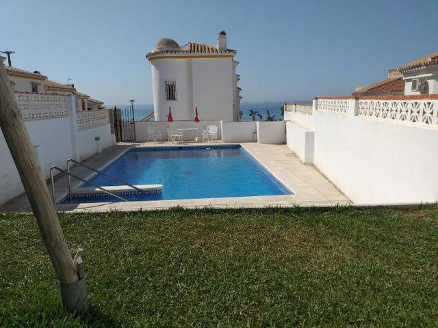 Adosado 3 dormitorios a 300 metros de la playa (Torre de Benagalbón, Málaga)