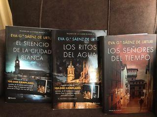 Trilogía de Eva Sáenz de Urturi