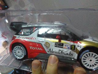 maqueta Citroën rally Sebastián loeb