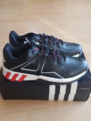 Zapatillas Adidas Baloncesto.