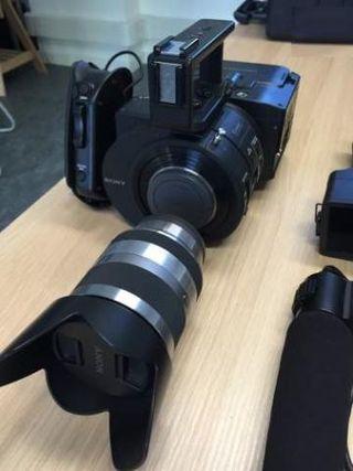 Camera Sony FS700 + obj sony 18-200 mm