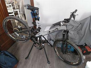 bicicleta descenso dh downhill specialized Big hit