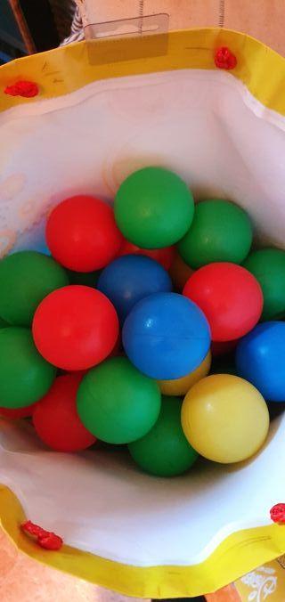 Bolas de Colores + de 60 unid.