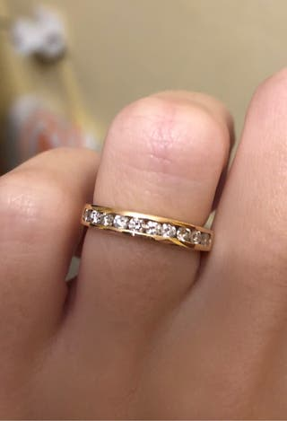 Anillo Oro 18 K y 10 Diamantes Corte Brillante