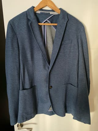 Americana Blazer Azul con Coderas Zara