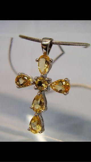 Colgante y cadena de plata 925