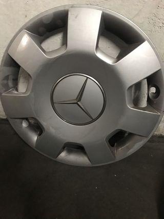 Tapacubos Mercedes 16 Pulgadas.