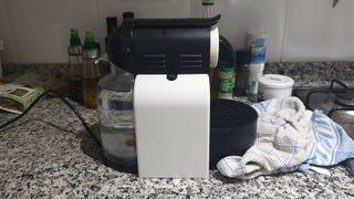 Cafetera nespresso essenza