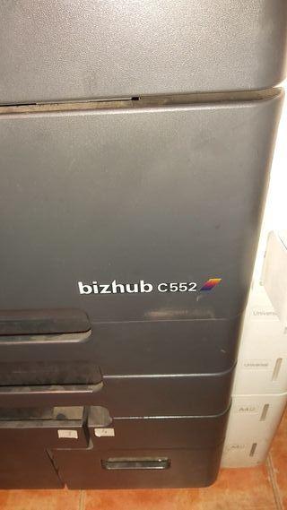 fotocopiadora Konica Minolta bizhub 552 C