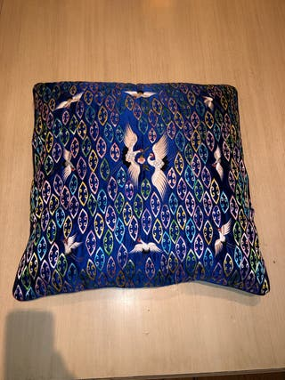 Cojín chino seda original