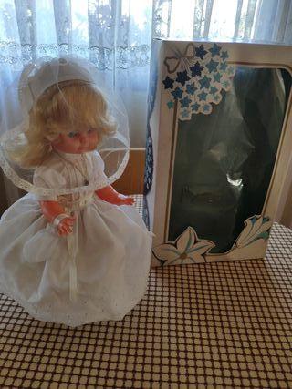 muñeca antigua de comunión 1980