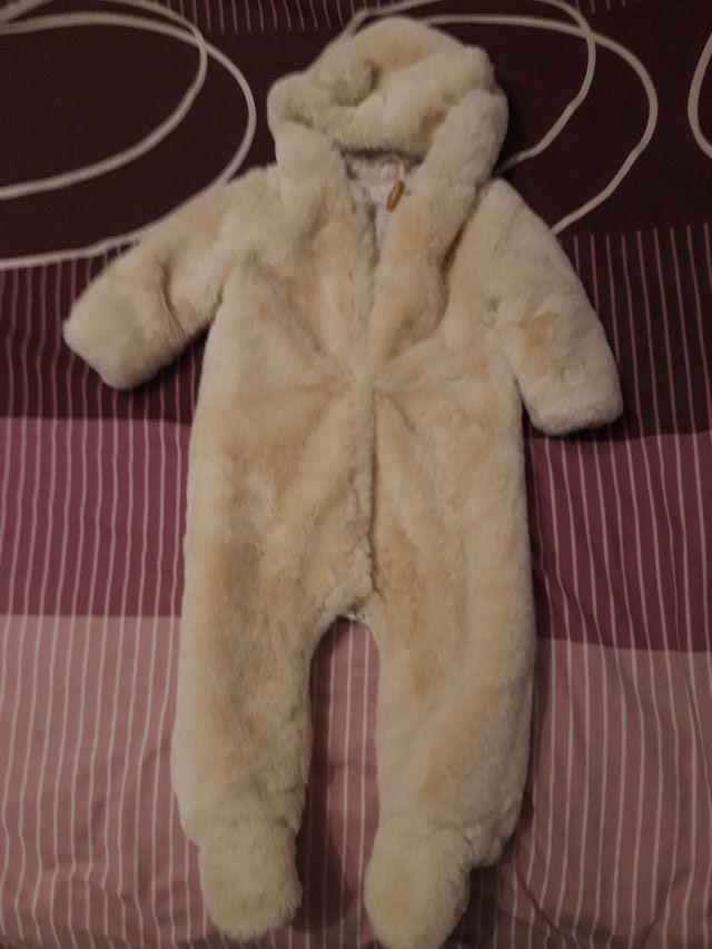 Buzo bebe invierno osito polar Zara