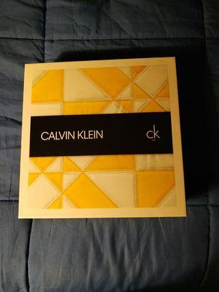Colonia y desodorante Calvin Klein