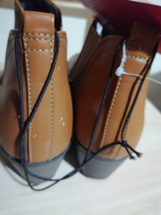Cute Tan Boots Size 5.5