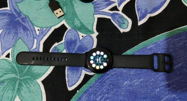 Samsung Galaxy Active Watch Version 1 - Black