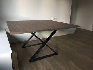 Mesa comedor cuadrada 140x140 madera y hierro
