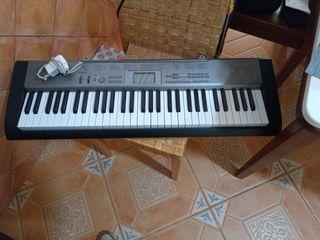 Órgano musical casio