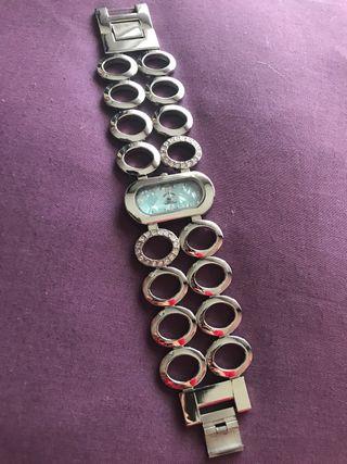 Elegante reloj de mujer Louis Valentino
