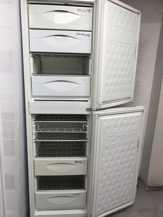 Congelador vertical