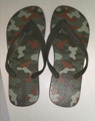 Zapatillas ( chanclas) Ipanema camuflaje talla 37