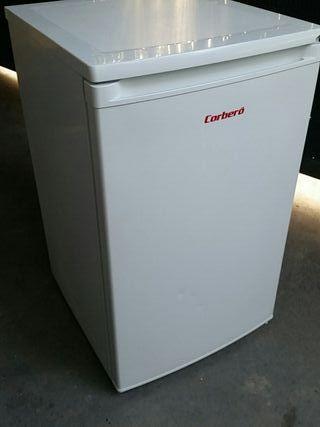 Congelador vertical CORBERÓ