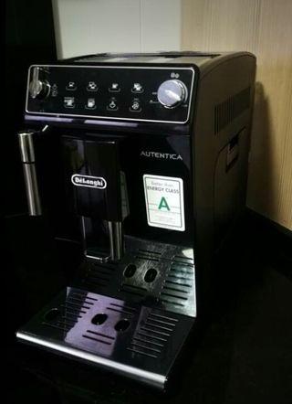 Cafetera superautomatica Delonghi autentica ETAM