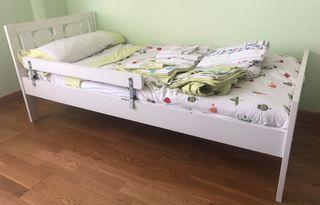 Cama Ikea Kritter + colchón + almohada + sábanas