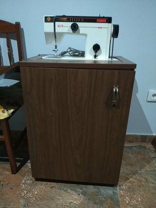 maquina de coser alfa semiautomátic3249 con mueble