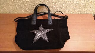 Bolso negro de piel. Made in Italy