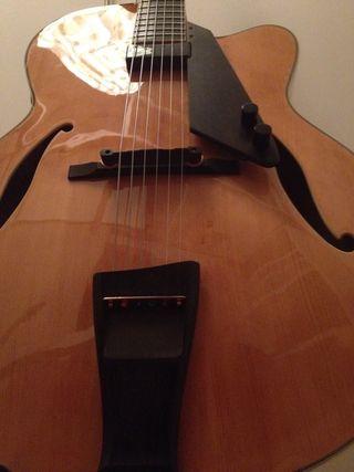 Guitarra Jazz