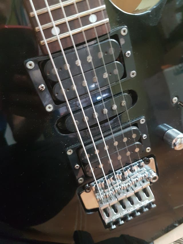 guitarra electrica ibanez rg 270