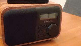 Radio FM, altavoz bluetooth