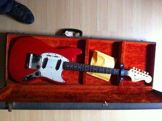 Fender Mustang pre CBS
