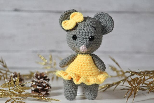 Handmade mouse toy