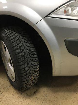 Neumáticos de nieve Renault Megane
